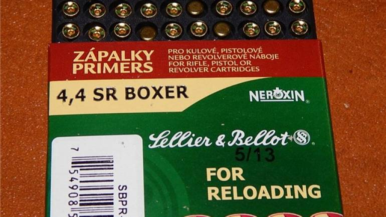 10,000 Count Sellier & Bellot 4,4 Sr Boxer Small Rifle